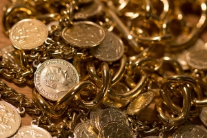 gold-207585_640-300x200